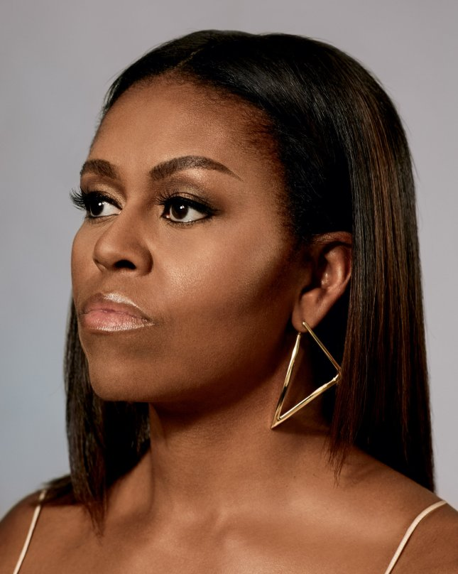 michelle-obama-slide-3g05-superjumbo